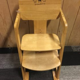 Kinderstoel Hout Verstelbaar.Assortiment Woudenberg